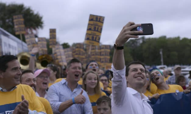 OFFICIAL MOVIE TRAILER – MAYOR PETE: A Campaign Love Story | PromoHomo.TV